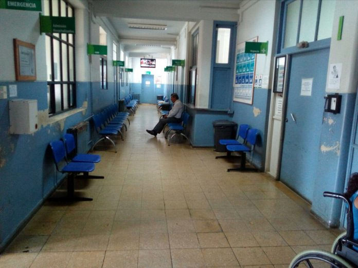 Concejal ca oles responsabiliz a la administraci n del - Banos del hospital ...